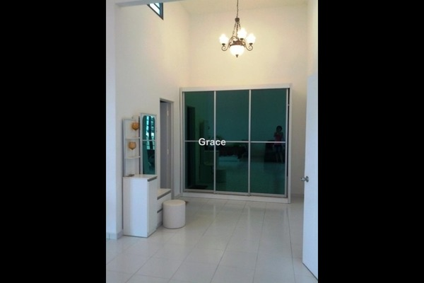For Rent Terrace at Clover, Bandar Putra  Unfurnished 4R/3B 2.6k
