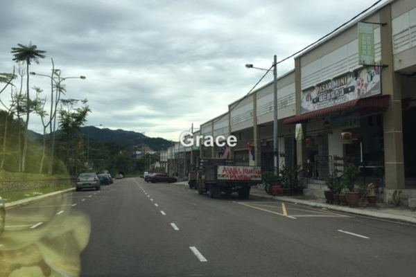 For Sale Shop at Taman Gemilang, Kulai Freehold Unfurnished 1R/1B 360.0千