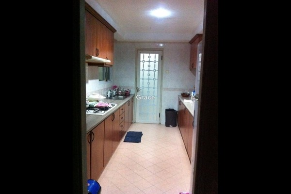 For Rent Condominium at Petrie, Johor Bahru Freehold Semi Furnished 3R/2B 2.8k