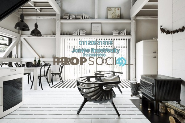 For Sale Condominium at BayBerry Serviced Residence @ Tropicana Gardens, Kota Damansara Freehold Semi Furnished 2R/1B 520k