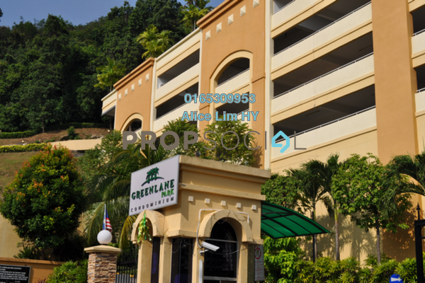 For Rent Condominium at Greenlane Park, Green Lane Freehold Fully Furnished 3R/2B 1.3k