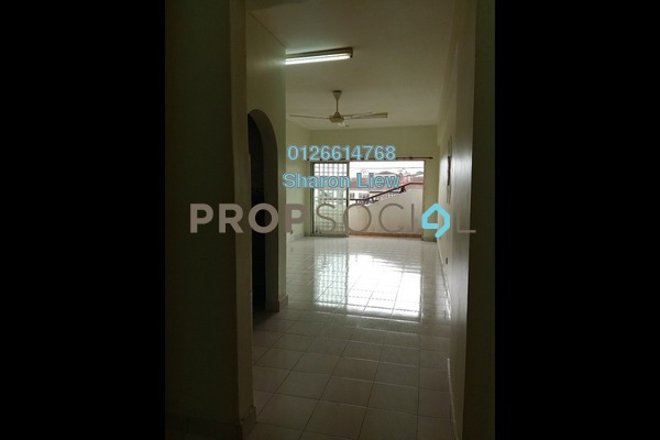 For Rent Apartment at Megaria Tulip, Seri Kembangan Freehold Semi Furnished 3R/2B 900translationmissing:en.pricing.unit