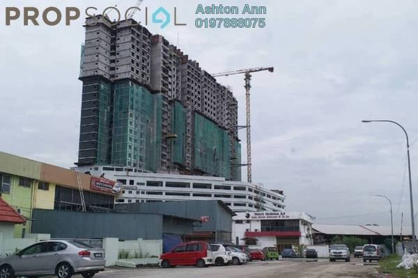 For Sale Condominium at The Edge Residen, Subang Jaya Leasehold Semi Furnished 2R/2B 415k