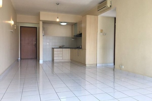For Sale Condominium at Riana Green, Tropicana Freehold Semi Furnished 2R/1B 570k