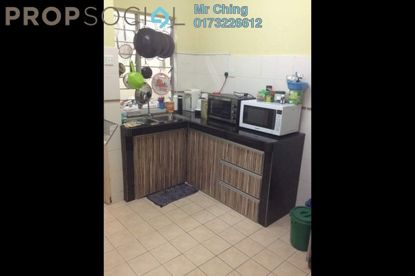 For Sale Apartment at D'Cahaya Apartment, Bandar Puchong Jaya Freehold Unfurnished 3R/2B 380k