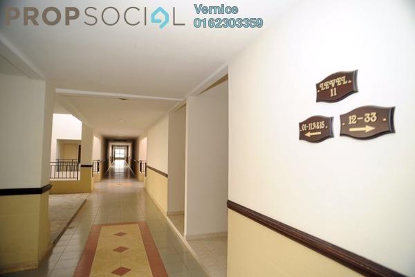 For Sale Condominium at Kristal Villa, Kajang Freehold Unfurnished 3R/2B 338k