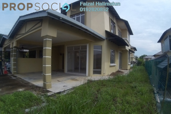 For Sale Semi-Detached at Taman Dahlia, Sepang Freehold Unfurnished 4R/3B 480k