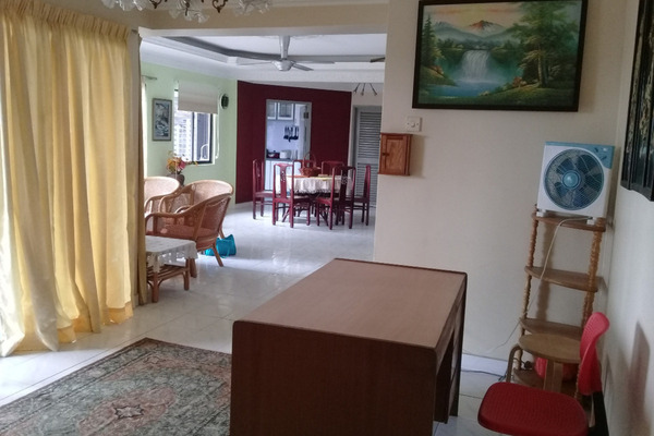 For Sale Apartment at Sri Bangsar Apartment, Bangsar Freehold Fully Furnished 4R/4B 830k