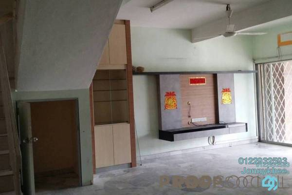 For Sale Terrace at Taman Sri Bintang, Kepong Freehold Semi Furnished 4R/3B 940k