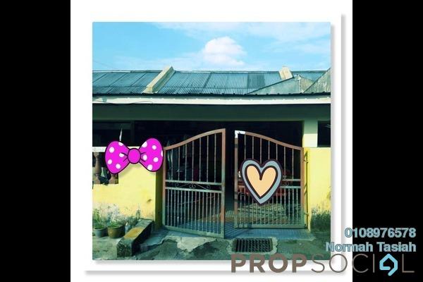 For Sale Terrace at Taman Bersatu, Rawang Freehold Semi Furnished 3R/3B 285k