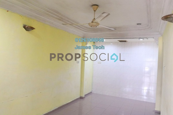 For Sale Terrace at Kampung Jawa, Shah Alam Freehold Semi Furnished 3R/2B 360k