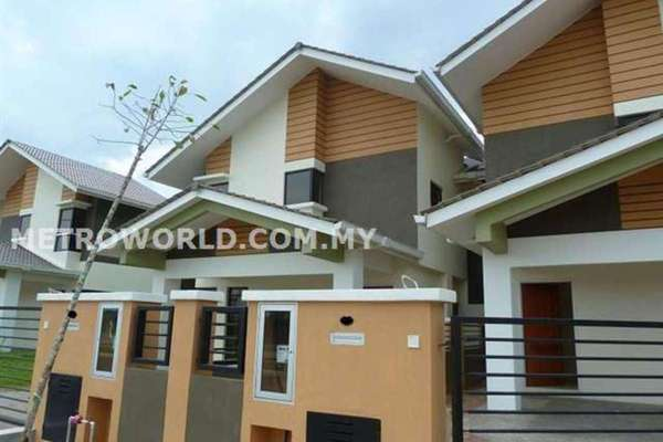 For Sale Semi-Detached at Bandar Parklands, Klang Freehold Unfurnished 4R/4B 949k