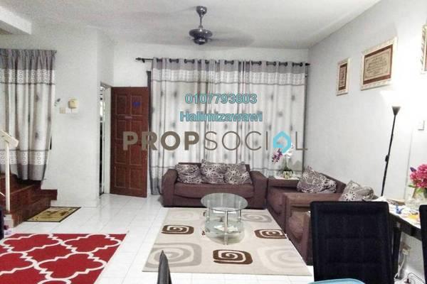 For Sale Terrace at Bandar Sri Putra, Bandar Seri Putra Freehold Semi Furnished 4R/3B 465k