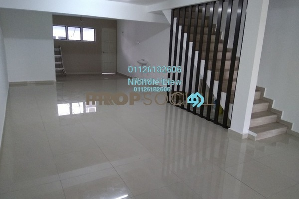 For Sale Terrace at Taman Kajang Baru, Kajang Freehold Semi Furnished 3R/2B 395k