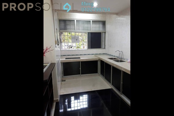 For Sale Apartment at Sri Alpinia, Bandar Puteri Puchong Freehold Semi Furnished 3R/2B 380k