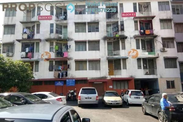 For Sale Apartment at Taman Bukit Idaman, Selayang Freehold Semi Furnished 2R/1B 135k