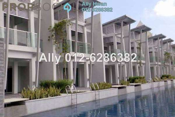 For Sale Condominium at Kiara Designer Suites, Mont Kiara Freehold Semi Furnished 3R/2B 950k