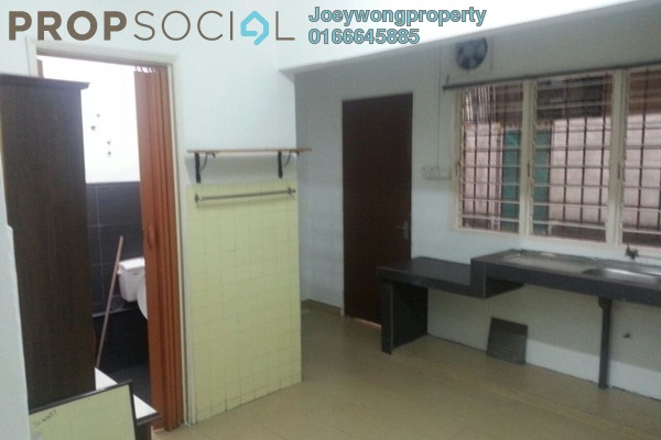 For Rent Terrace at SS19, Subang Jaya Freehold Semi Furnished 2R/3B 1.2k