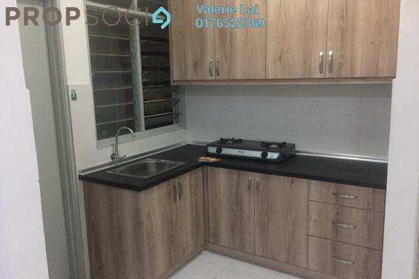 For Rent Condominium at Main Place Residence, UEP Subang Jaya Freehold Semi Furnished 2R/1B 1.2k