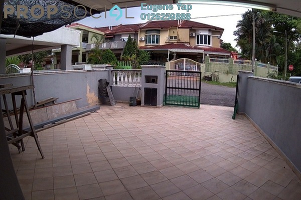 For Sale Terrace at Taman Desa Bukit Indah, Sungai Buloh Freehold Semi Furnished 4R/3B 450k
