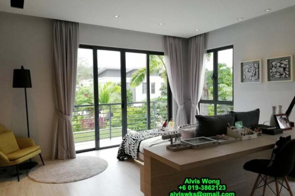 For Sale Terrace at Diamond City, Semenyih Freehold Unfurnished 4R/3B 713k