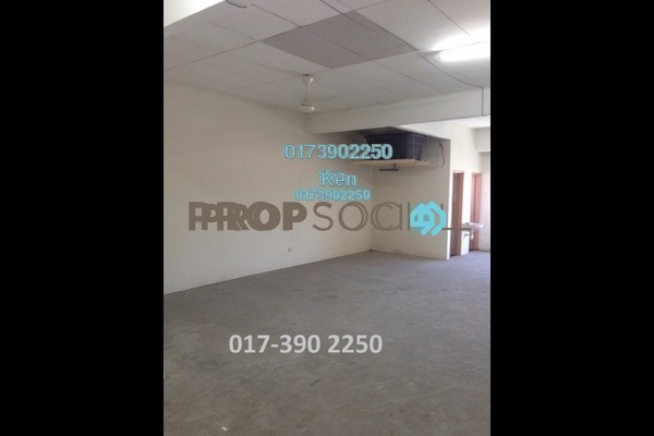 For Rent Office at Pusat Perdagangan Seri Kembangan, Seri Kembangan Freehold Unfurnished 0R/2B 1k