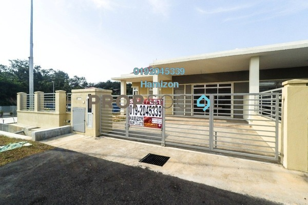 For Sale Semi-Detached at Taman Desa Bestari, Sepang Freehold Unfurnished 4R/2B 500k