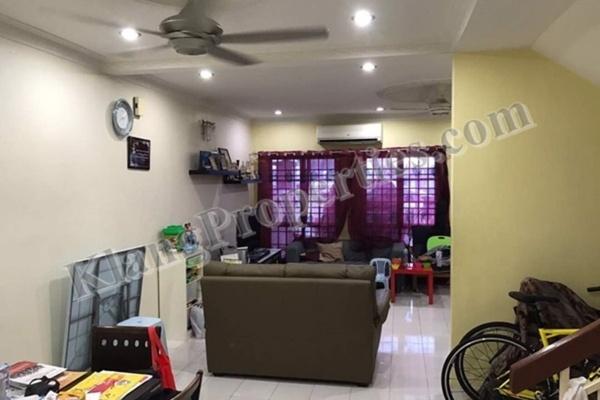 For Sale Terrace at Bandar Bukit Tinggi 2, Klang Freehold Semi Furnished 4R/4B 718k