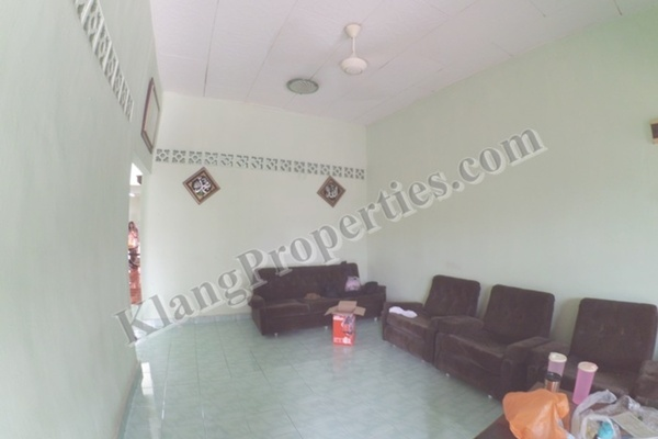 For Sale Link at Taman Chi Liung, Klang Freehold Semi Furnished 3R/2B 448k