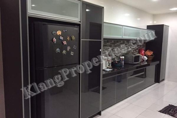 For Sale Terrace at Bandar Parklands, Klang Freehold Fully Furnished 4R/4B 660k