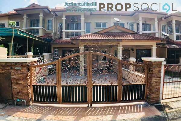 For Sale Terrace at Taman Pinggiran Batu Caves, Batu Caves Freehold Semi Furnished 4R/3B 640k