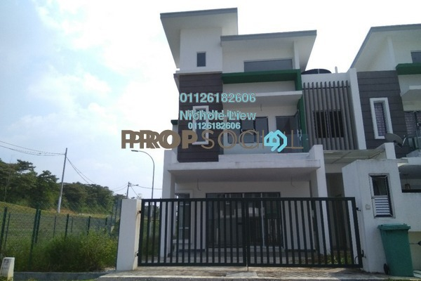 For Sale Superlink at Taman Sri Tanjung, Semenyih Freehold Unfurnished 4R/4B 535k