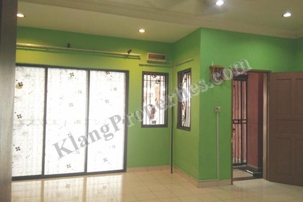 For Rent Terrace at Bandar Puteri Klang, Klang Freehold Semi Furnished 4R/3B 1.3k