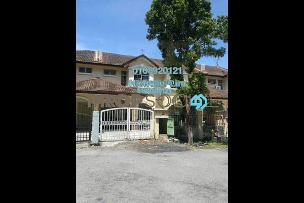 For Sale Terrace at Taman Putra Budiman, Balakong Freehold Semi Furnished 4R/3B 500k