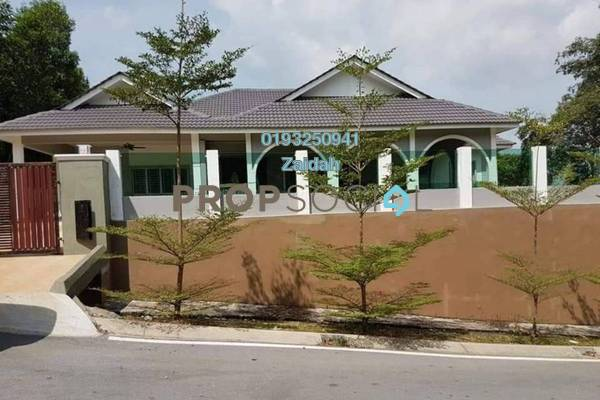 For Sale Bungalow at Section 9, Shah Alam Freehold Unfurnished 4R/5B 1.6m