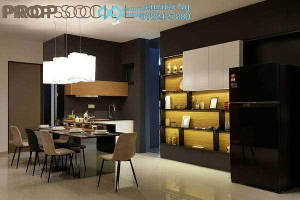 For Sale Serviced Residence at AraTre' Residences, Ara Damansara Freehold Semi Furnished 2R/2B 540k