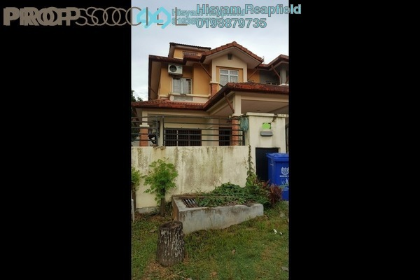 For Sale Terrace at Bukit Subang, Shah Alam Freehold Semi Furnished 4R/3B 760k