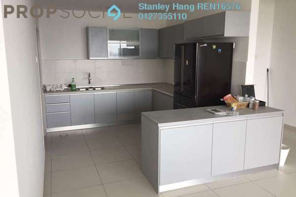 For Sale Condominium at Zefer Hill Residence, Bandar Puchong Jaya Freehold Semi Furnished 4R/3B 630k