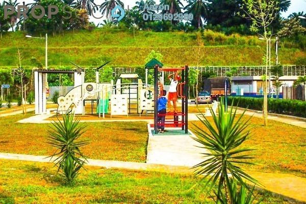 For Sale Semi-Detached at Royal Ivory 2, Bandar Saujana Putra Freehold Semi Furnished 4R/3B 700k
