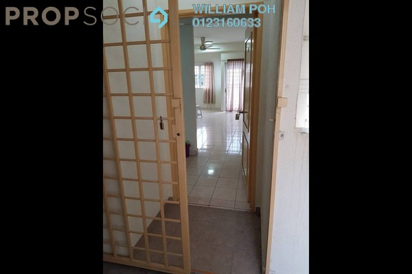 For Sale Condominium at Belimbing Heights, Seri Kembangan Freehold Semi Furnished 3R/2B 305k