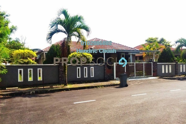 For Sale Semi-Detached at Forest Heights, Seremban Freehold Semi Furnished 6R/3B 599k