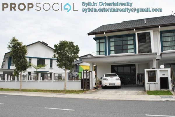 For Sale Terrace at Nafiri, Bandar Bukit Raja Freehold Semi Furnished 4R/3B 980k