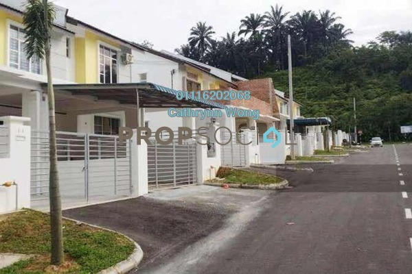 For Sale Terrace at Taman Putri Kulai, Kulai Freehold Semi Furnished 5R/3B 580.0千