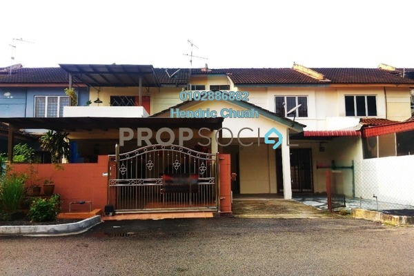 For Sale Terrace at Taman Makmur, Seremban Freehold Unfurnished 4R/3B 295k