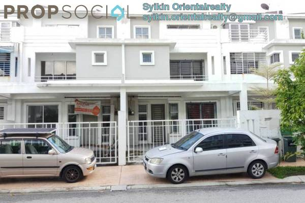 For Sale Terrace at Seksyen 8, Bandar Baru Bangi Freehold Unfurnished 5R/4B 700k