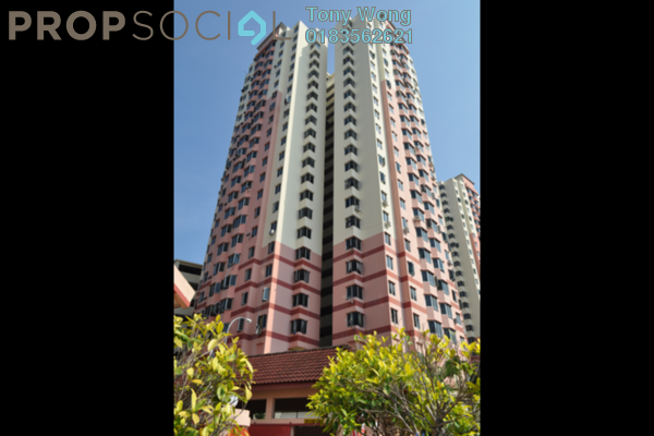 For Rent Condominium at Kingfisher Series, Green Lane Freehold Fully Furnished 3R/2B 1.1k