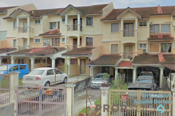 For Sale Townhouse at Taman Kajang Perdana, Kajang Freehold Unfurnished 3R/2B 248k