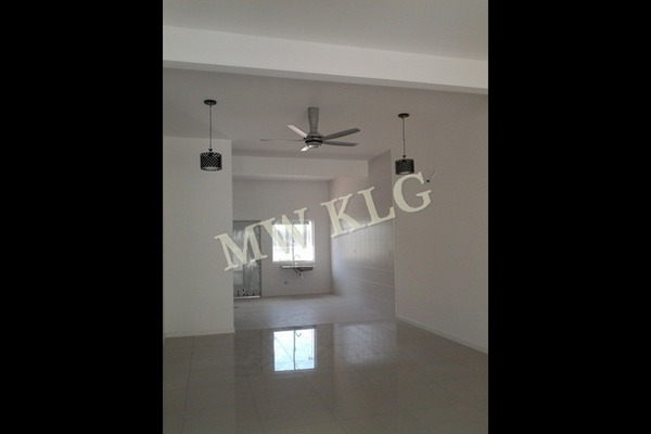 For Sale Superlink at Ambang Botanic 2, Klang Freehold Unfurnished 4R/4B 928k