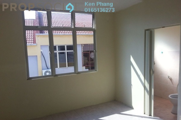 For Sale Apartment at Taman Orkid, Batu 9 Cheras Freehold Unfurnished 3R/2B 210k