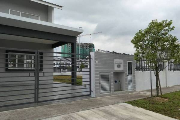 For Sale Terrace at Laman View, Cyberjaya Freehold Unfurnished 4R/3B 1.14m